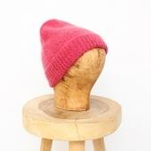 •  bonnet #DESPETITSHAUTS  belle semaine 🍂  #lesvoltigeuses #ruedespetitesecuries #paris10 #boutiqueparis #boutiqueparisienne #conceptstore #boutiqueenligne #bonnet #despetitshauts #despetitshautsaddict