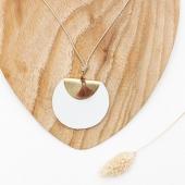 •  collier #CHARACTER  • horaires d'ouverture • du mardi au samedi 11h30 . 19h30  belle fin de semaine 🌿  #lesvoltigeuses #ruedespetitesecuries #paris10 #boutiqueparisienne #boutiqueenligne #collier #characterdesign